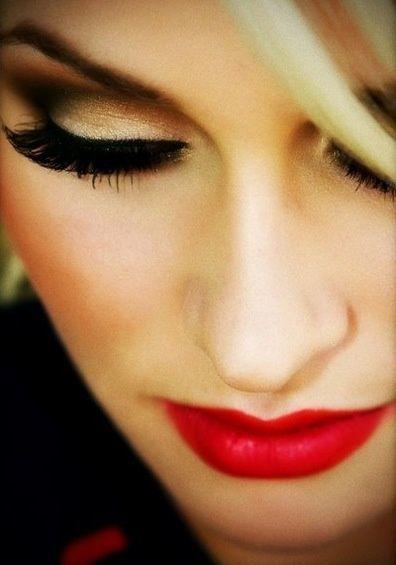 makeup labios rojos