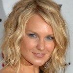 Celebrity-medium-wavy-hairstyles-2011