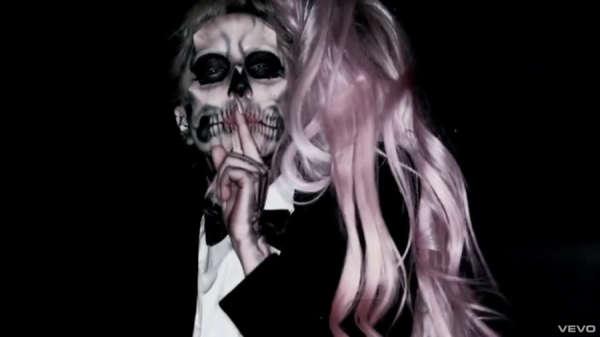 disfraces-halloween-2014-lady-gaga-video-de-born-this-way