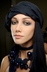 armani_blue_smokey_eye_makeup_thumb