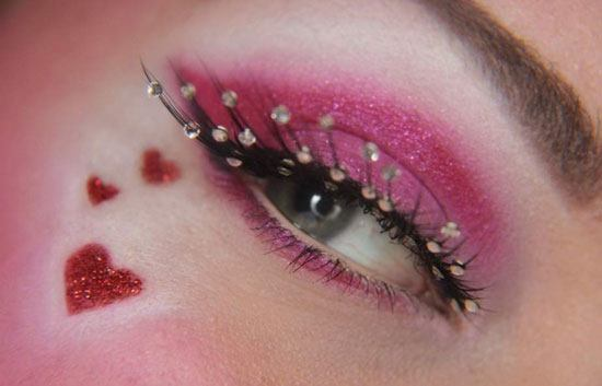 maquillaje-san-valentin-2016-ojos-con-corazones