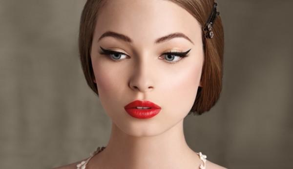 maquillaje-de-ojos-san-valentin-2016-ojos-con-palito-negro