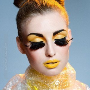 Топ-модели-girl-eyes-lips-face-yellow-girls-and-color-of-mood-ANALOVE-GREEN-mine-ojos-purple-color_large