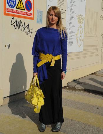 azul-y-amarillo_portrait_galeria