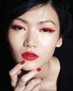 red-eyeliner-makeup1