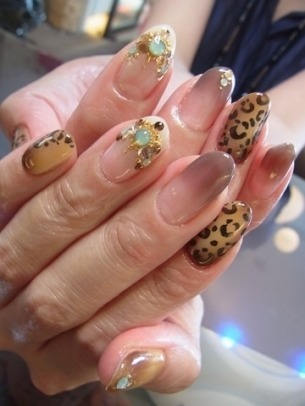stylish_nail_art_designs_2012_thumb