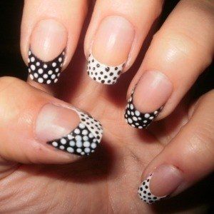 Trendy Nail Polish Designs9