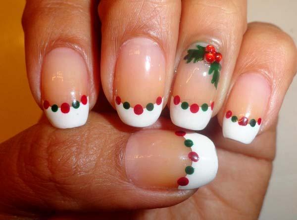 ideas-de-uñas-decoradas-para-navidad-2014-uñas-blancas-con-bolas