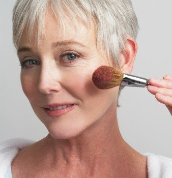 maquillaje mujer madura