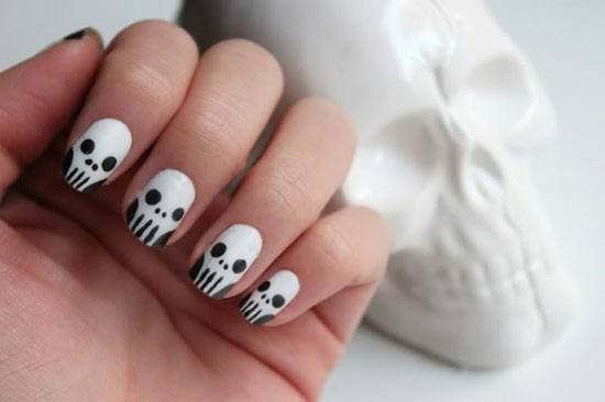 ideas-de-uñas-para-halloween-2014-decoración-calaveras