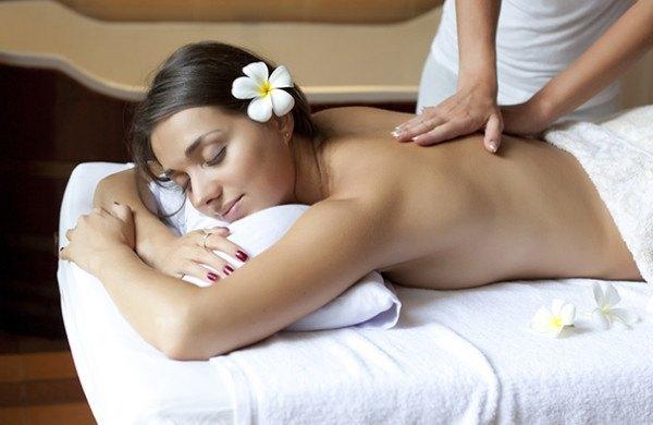 aceite-de-coco-para-hacer-masajes