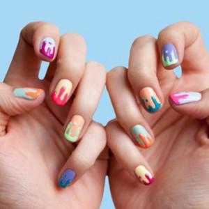 decoracion-de-uñas-primavera-verano-2014-colores-uñas-pastel-manchadas