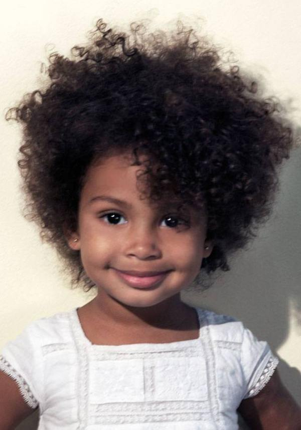 tendencia cortes pelo afro:
