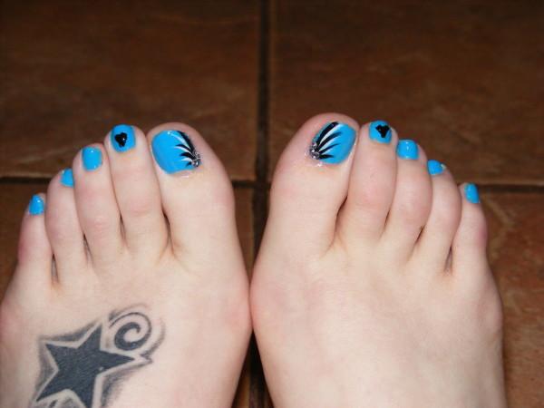 decoracion-de-uñas-de-pies-uñas-azules
