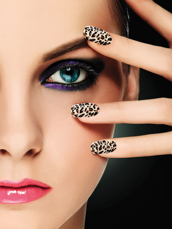 decoracion-de-uñas-de-porcelana-uñas-animal-print