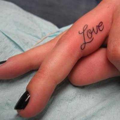 tatuaje_mano_love