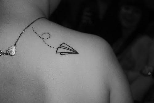 Tatuajes En El Costado Para Mujer Los Más Bonitos