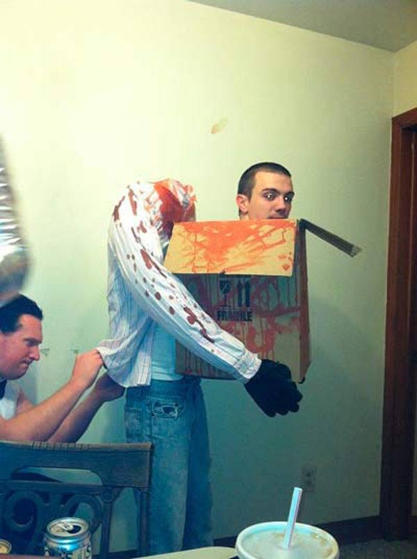 disfraces-para-halloween-hombre-decapitado