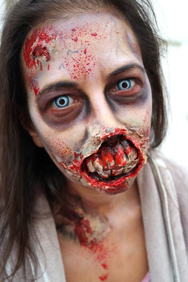 maquillaje-halloween-zombie-dientes