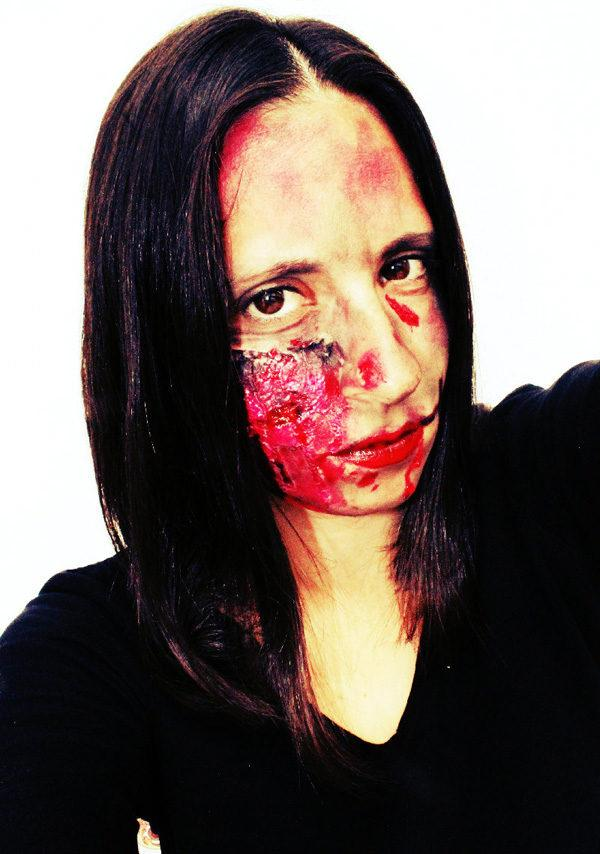 maquillaje-halloween-zombie-sangre