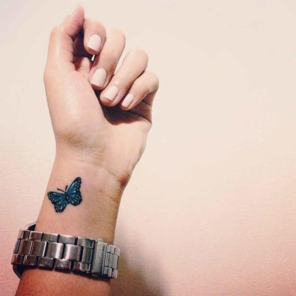 tatuajes-en-la-muneca-2016-mariposas-color