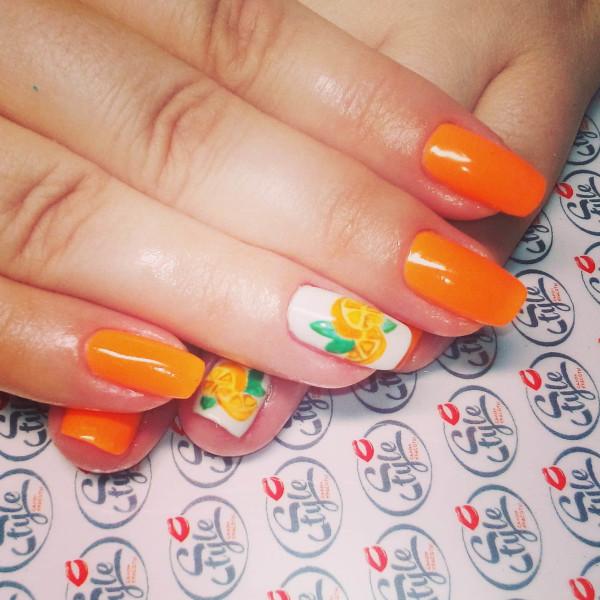 tendencias-unas-2016-manos-naranja