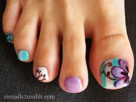 decoracion-de-unas-de-los-pies-de-gel-colores