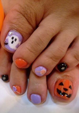 decoracion-de-unas-de-los-pies-halloween-calabaza-y-fantasma