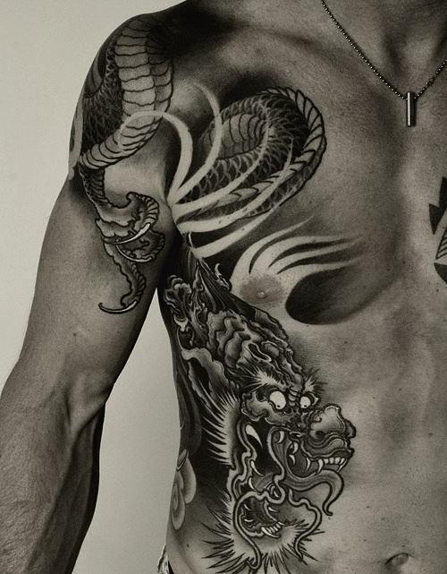 tatuajes-de-dragones-ojos-blancos