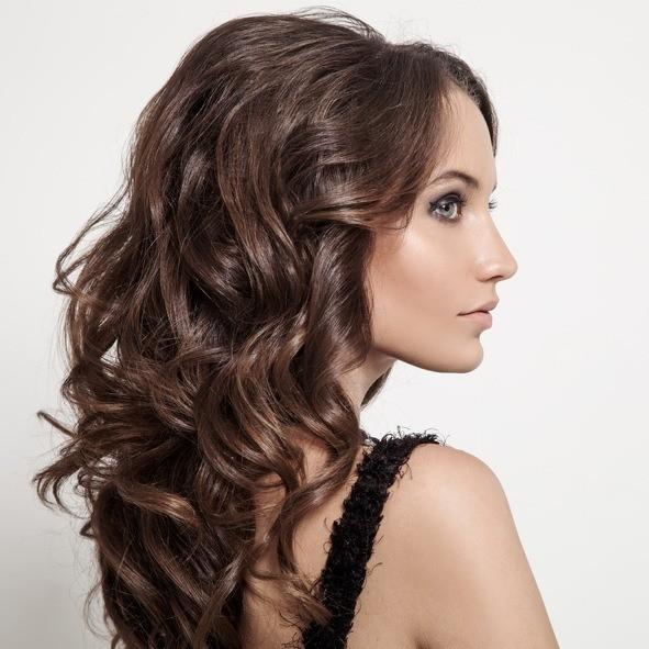 Peinados con ondas semirecogido