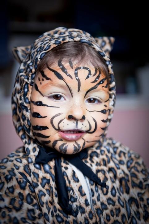 Maquillaje para carnaval y halloween 2018 originales para niños gato tigre