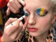 Cómo hacer un maquillaje con crayones