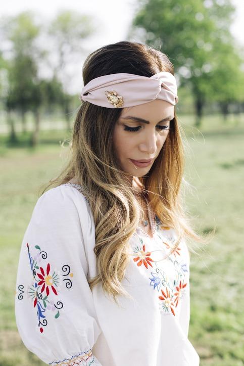 Como llevar un turbante diadema