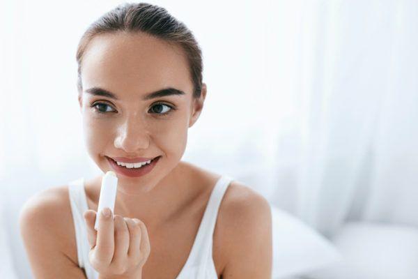 Cómo disimular el herpes labial