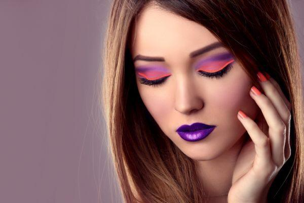 maquillaje-colores-neon-istock