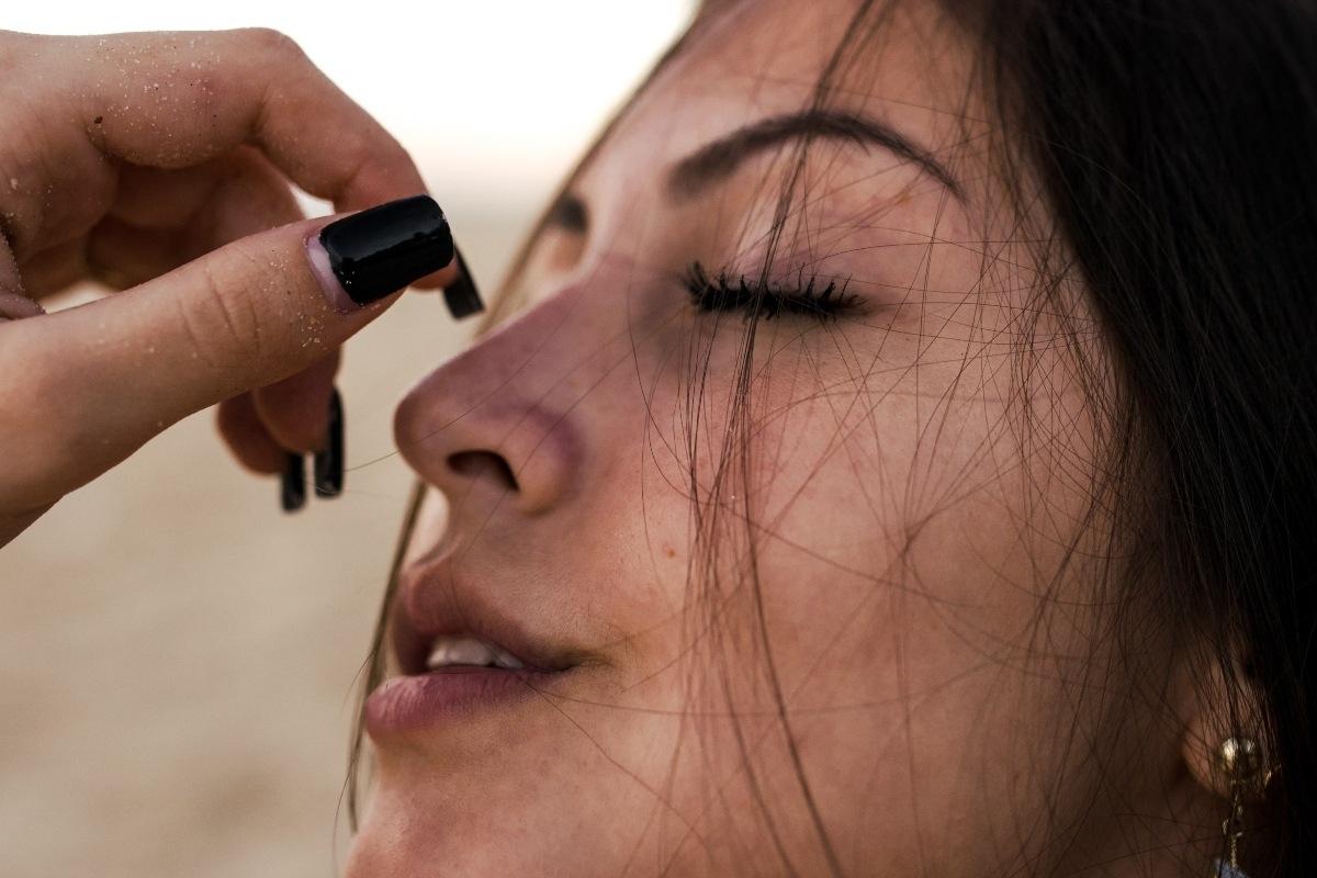 Importancia de cuidar la zona de los ojos