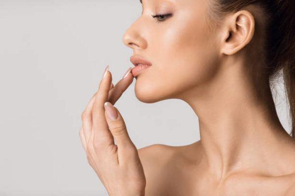 Diferencia entre barra de labios brillo balsamo labial 2