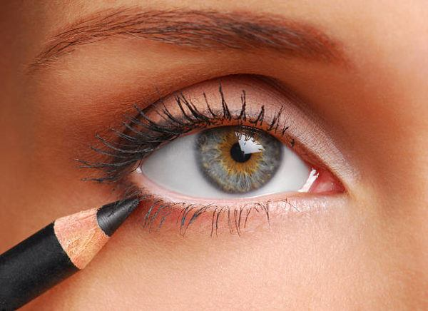 Que eyeliner delineador de ojos usar para principiantes 2