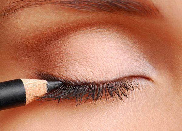 Que eyeliner delineador de ojos usar para principiantes 4